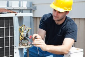 repairing vs replacing your hvac unit